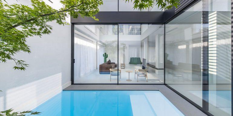 Da Millone puoi trovare le nuove vetrate panoramiche Schüco.