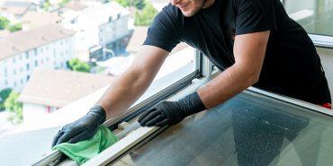 Cura delle finestre: la manutenzione adatta per ogni tipo di materiale